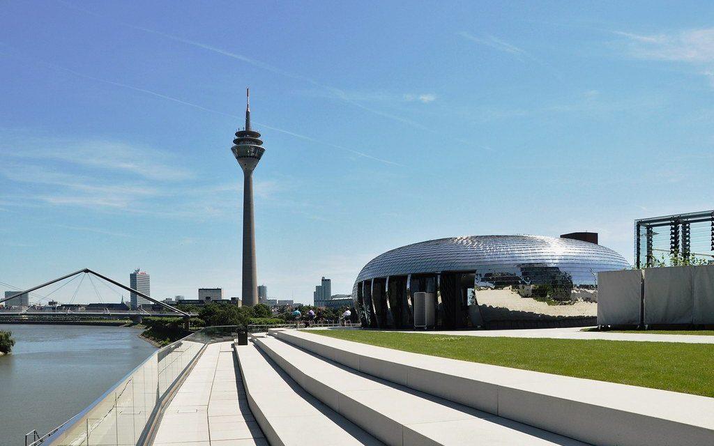 Düsseldorf city