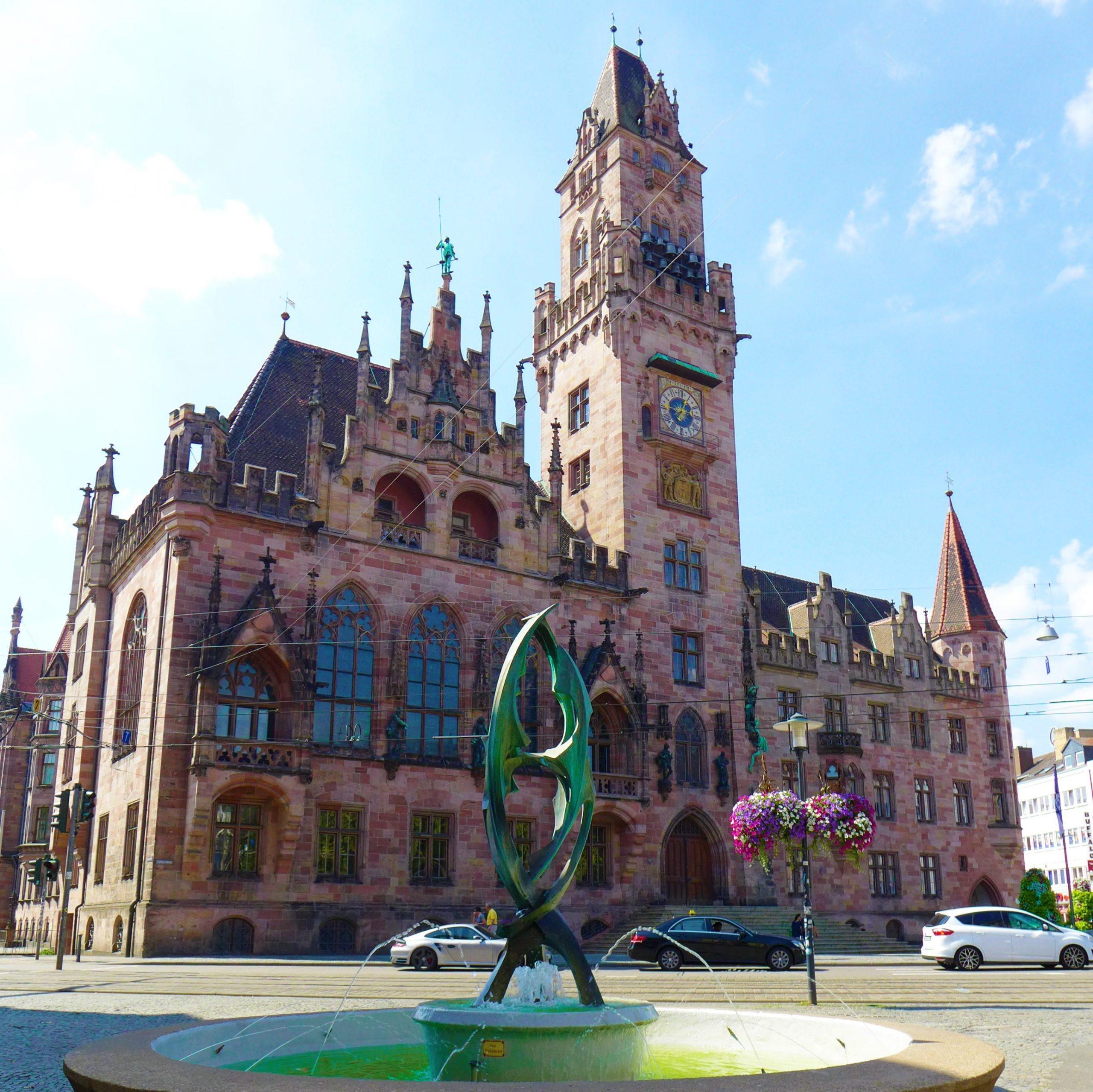 St. Johanner Markt & Rathaus