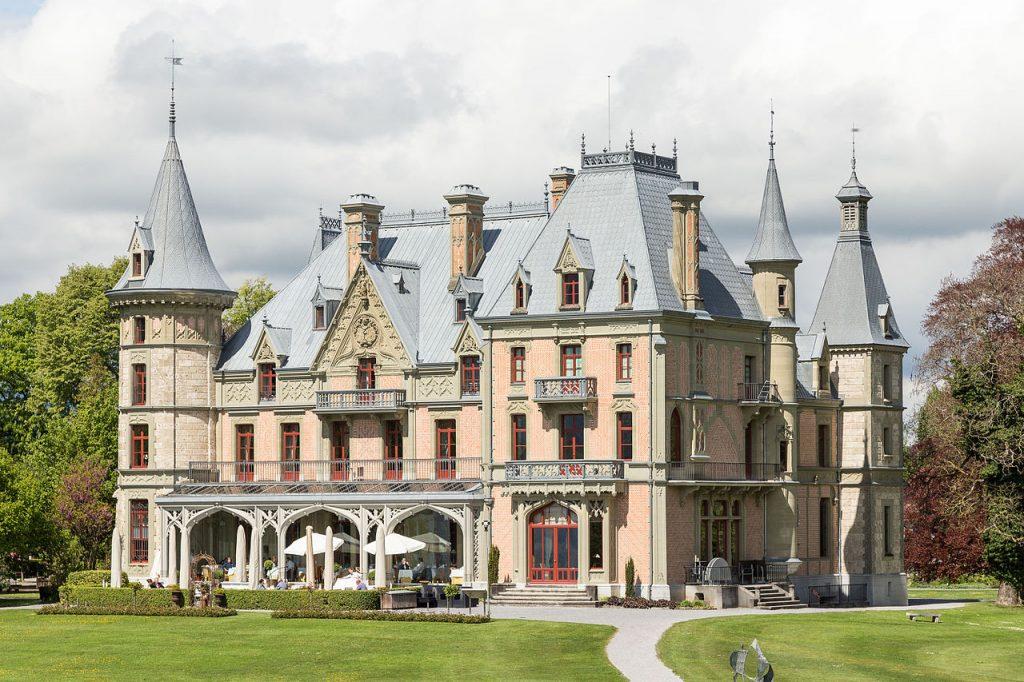 Schadau Park & Castle
